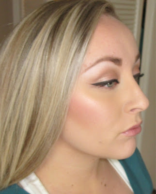HOW TO CONTOUR YOUR CHEEKS